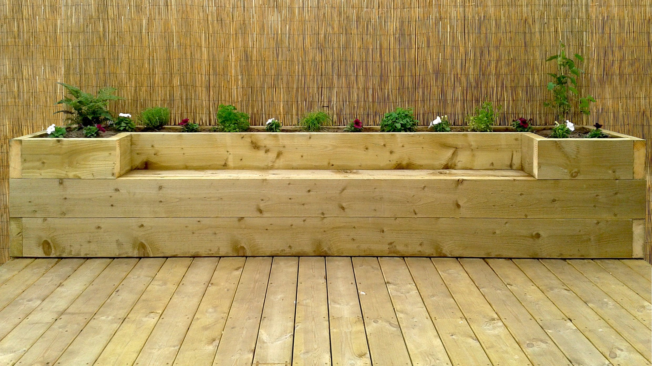 Softwood Timber Decking Puidukoda